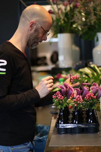 florist Dries Season Flowers Amsterdam